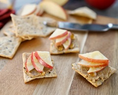 Apple & Almond Butter Crackers